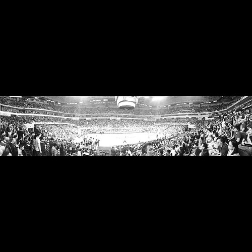 Ateneo Blue Eagles take Game1. #uaapfinals #uaap #iphone4s #iphoneonly #iphoneography #blackandwhite #monochrome #manila #basketball #smmoaarena #smarena #photographyeveryday #philippines #instagood #instamood #ateneo #ateneoblueeagles #goodvibes #positiv