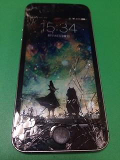 163_iPhone5Sのフロントパネルガラス割れ