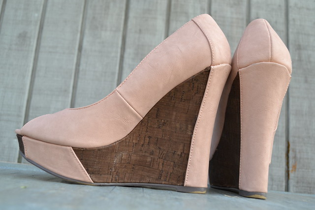 Colorblocked pink-and-cork Michael Antonio Wedges