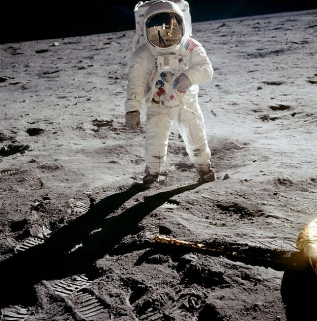 niel amstrong fotos de la luna