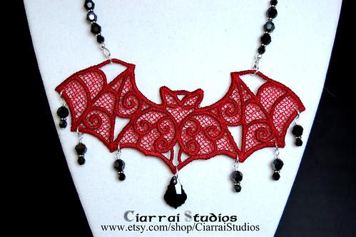 Mina Harker Necklace Close Up