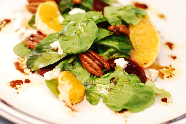 Arugula salad with beets and gorgonzola cheese