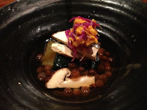 先付:丹波鶏と金時草のお浸し 焼き赤茄子@暗闇坂宮下 麻布十番