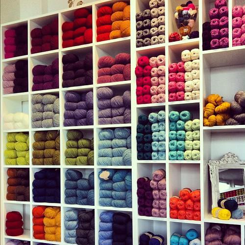 A visit to one of my favorite #yarnstore in #reykjavik #iceland #yarn #knitting #crochet
