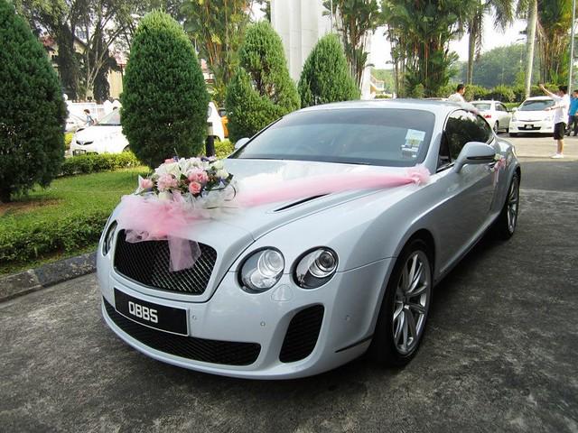 The bridal sedan