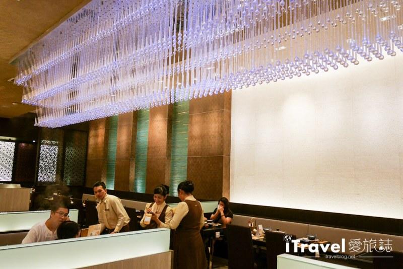 《曼谷美食餐厅》MK Gold:单点品项丰富的清淡汤头金火锅