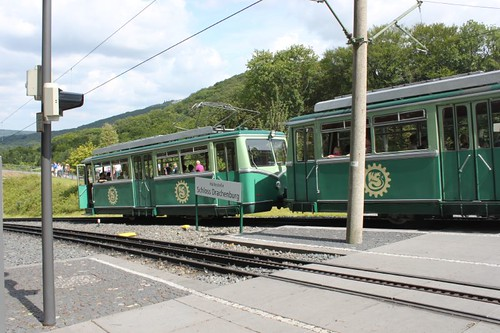20120729_4584_Drachenburg-train