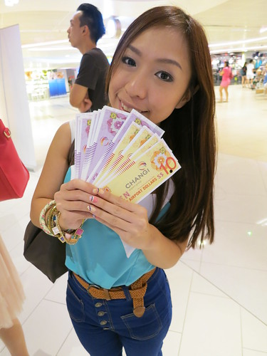 Singapore Lifestyle Blog, nadnut, Shopping blog, Shopping at Changi Airport, Changi Airport, Changi Rewards, Be a Changi Millionaire, Sparkette, Dblchin, Shopping at Changi Airport, GST Absorption, Changi Airport GST Absorption
