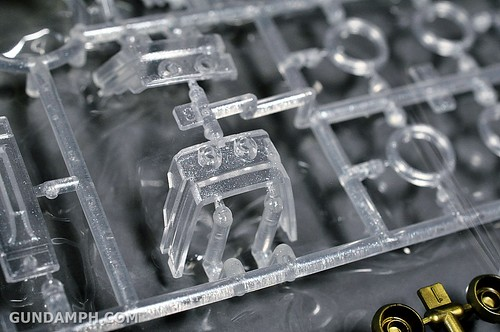 HGUC Kshatriya Pearl Clear (green) Binder Ver. Unboxing Pictures (28)