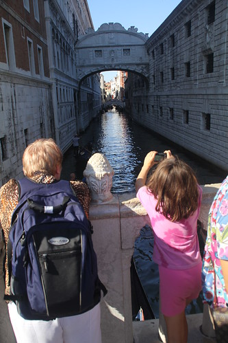 Ponte dei Sospiri (bridge of sighs)