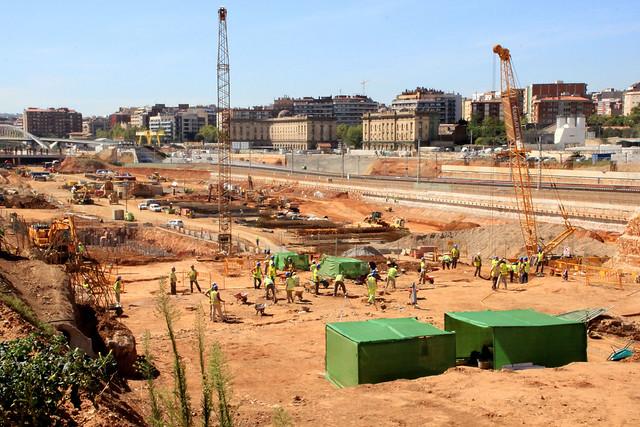 Trabajos arqueológicos en zona de antiguo puente del trabajo - 14-09-12