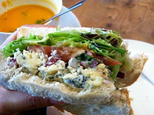 Glasgow - Lunch at Cafe Hula: Stilton and pear salsa sandwich and sweet potato coconut soup