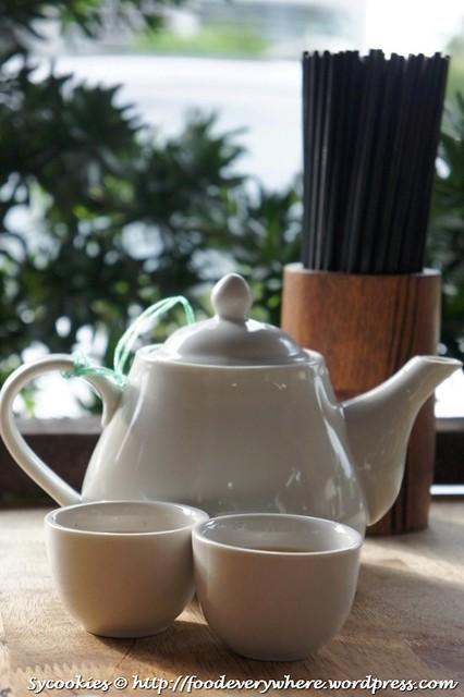 13.tea in pot RM 1 per pax @yuen garden dim sum (18)