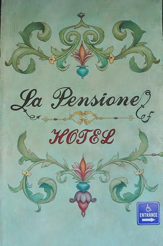 La Pensione sign
