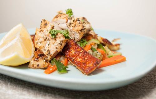 Halloumi & Chicken Salad