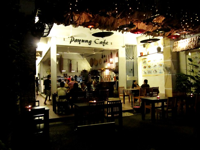 Payung Cafe, Sibu by night