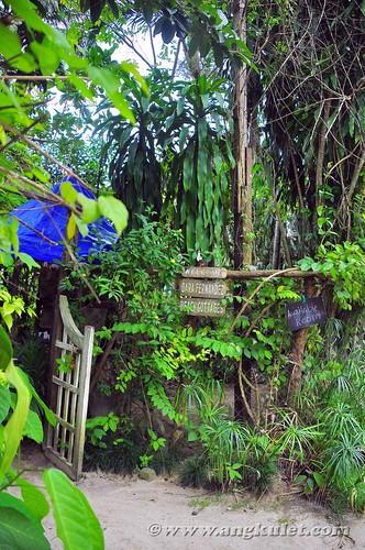 Dara Fernandez Beach Cottages, Hama St., El Nido, Palawan