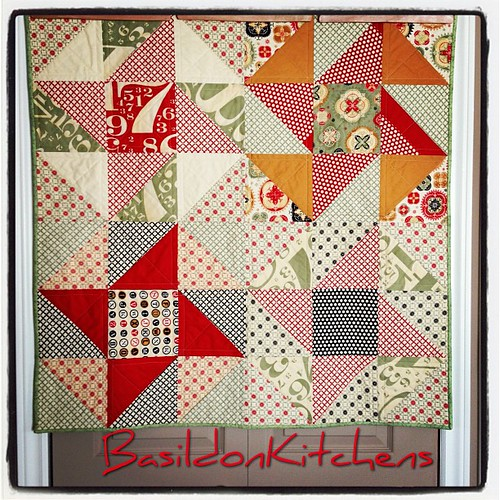 Surprise! Quilt. Made with 'sew out loud QAL' leftovers. #quilt #circa1934 #stars