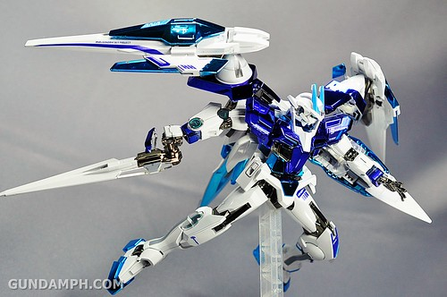 ANA 00 Raiser Gundam HG 1-144 G30th Limited Kit OOTB Unboxing Review (79)