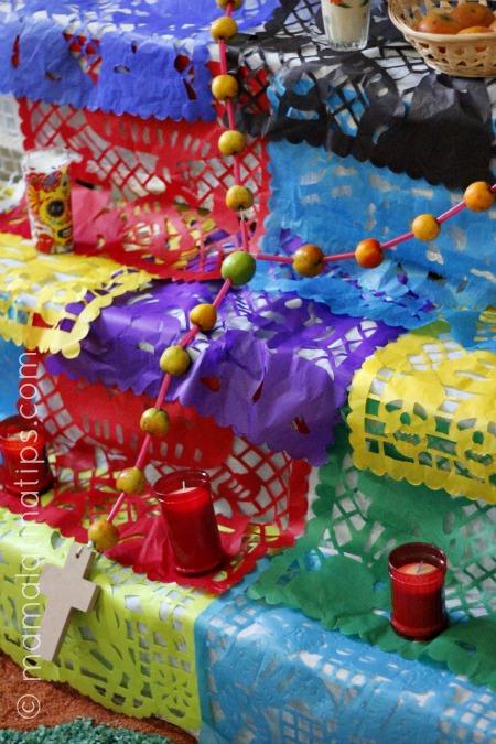 rosary_altardemuertos_mamalatinatips