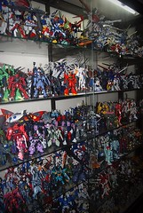 Featured Collector Gibe LOTUR Lindayag - Misc Photos (15)