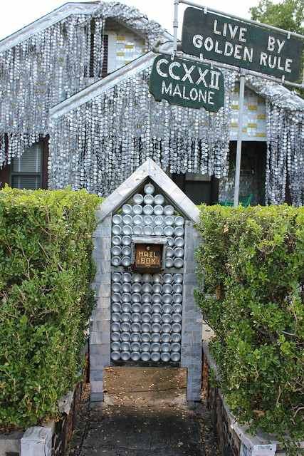 Beer Can House, Houston
