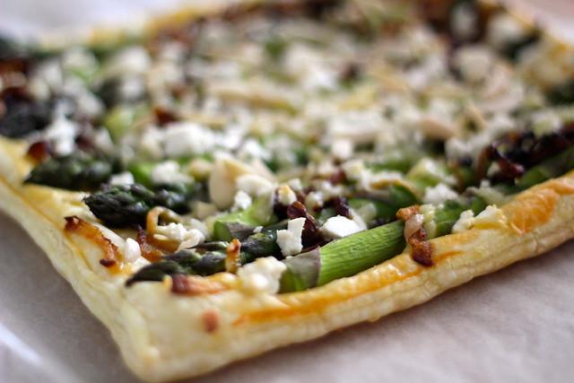 Sunday: asparagus tart