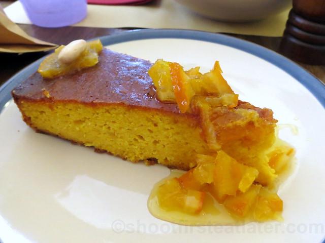 Italian orange cake €4