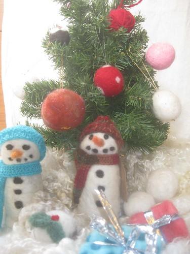 Needlefelt decorations