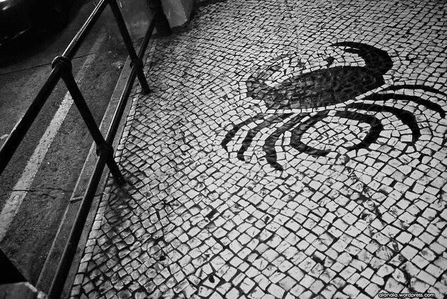 Pavement with crab