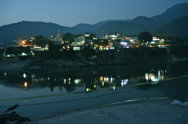 rishikesh at night ganga ganges river india uttarakhand travel yoga