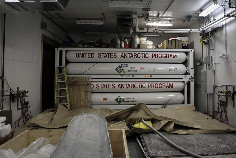 2012-11-17 Cryo Barn - IMG_0580-1600-80
