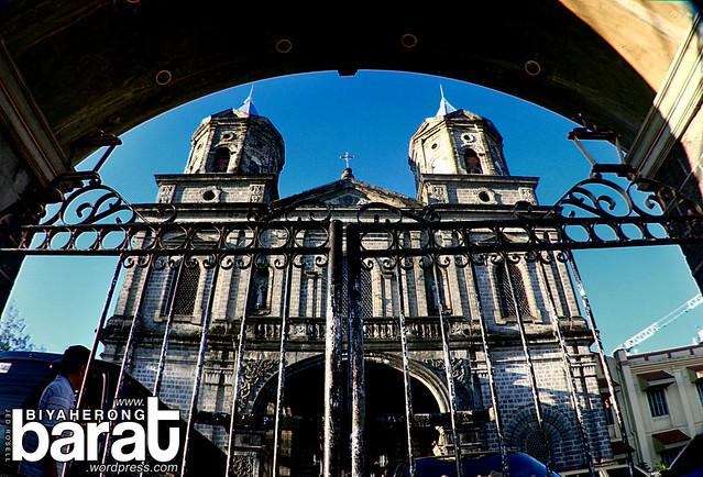Holy Rosary Church arch Angeles City Pampanga