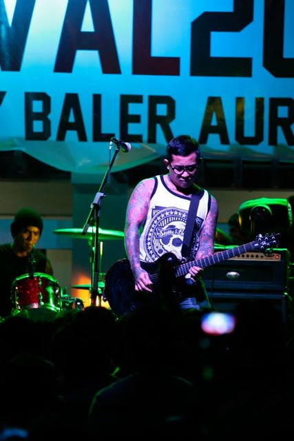 Gabby Alipe of Urbandub playing for Franco Baler Surf & Music Festival
