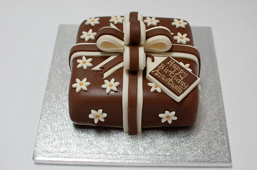Chocolate Wrapped Present Cake Beautiful Birthday Cakes