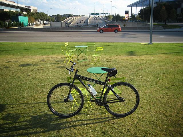 Park Over A Highway - Dallas