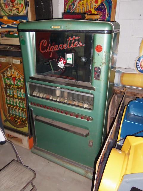 Vintage Cigarette Vending Machine  Flickr  Photo Sharing