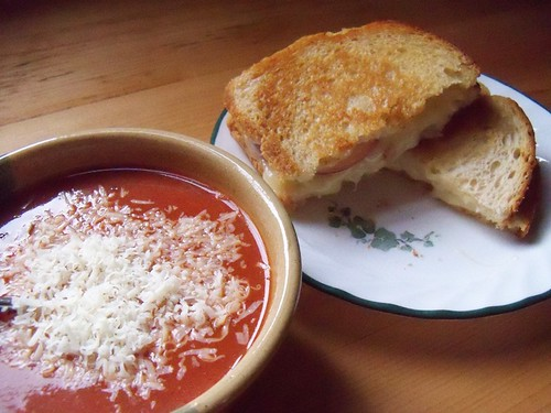 tomato soup and grilled cheese 2