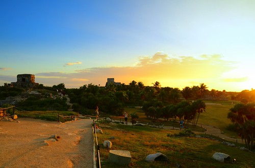 Tulum ruins in sunset 4