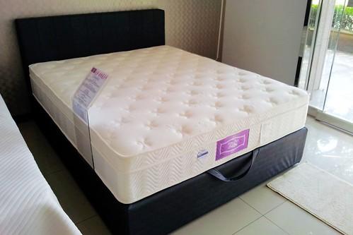 掀床工廠推薦款-唯美床組-高質感排骨透氣床架組1