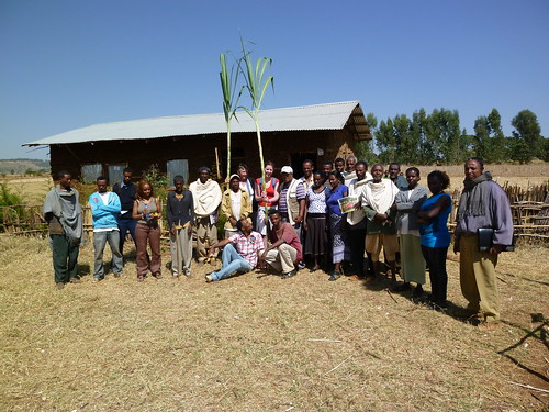 Visitors from Addis and the Netherlands pays a visit to and making donations for Arbisi School