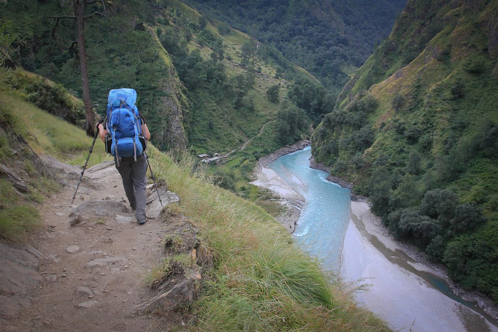 Through the Humla Karnili gorge towards Mugu-district