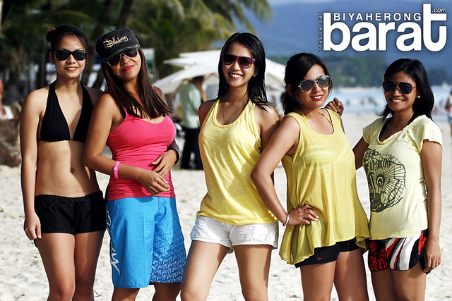 The girls at boracay island white beach