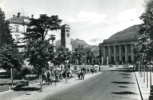 postcard - bolzano - viale della stazione - 1955