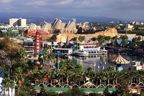2012-Paradise-Pier-Hotel-View-1w