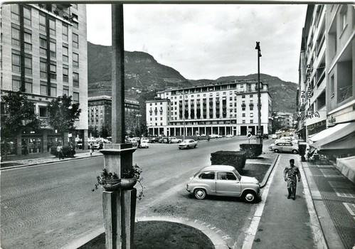 postcard - bolzano - piazza mazzini - 1965