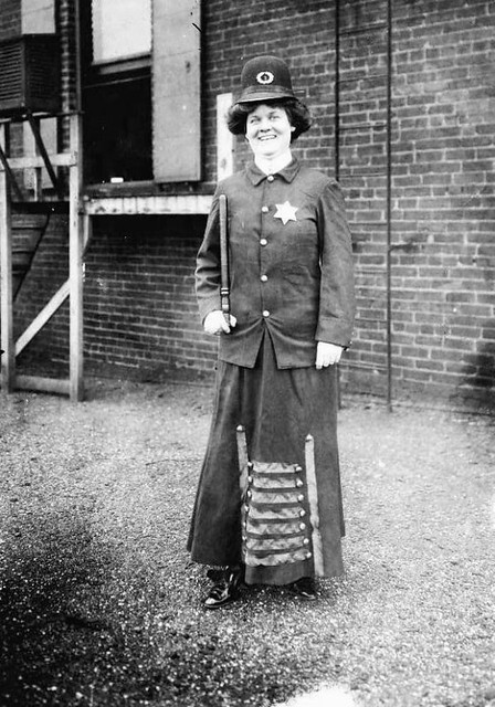 Police woman in 1909
