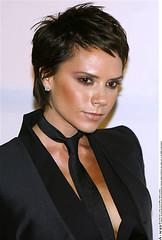 Kiểu tóc MÁI đẹp 2013 chéo bằng vòng cung lệch ngắn dài [K+] Korigami 0915804875 (www.korigami (61)