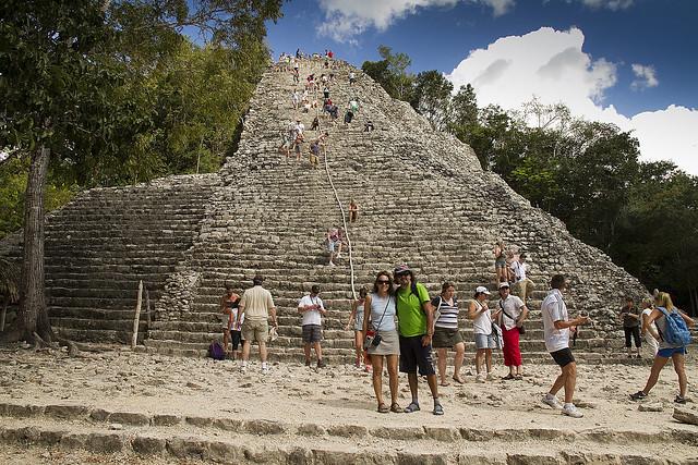 grupo Nohoch Mul, pirámide maya