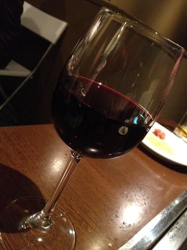 グラスワインの赤は600円@ビストロ ポチ